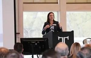 Davenport Evans Banking Seminar Tiffany M. Miller