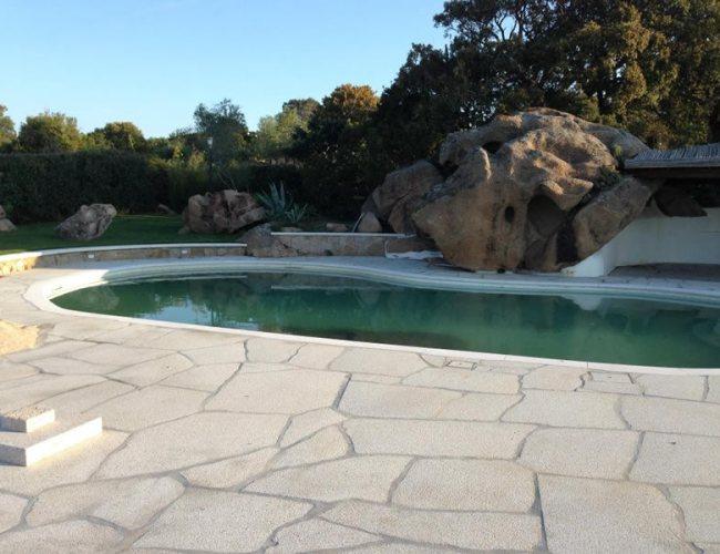 Shaping Pool Thresholds In San Giacomo Yellow Granite