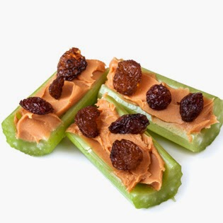 Deidra Penrose, weight loss, teambeach body, healthy snacks, easy snacks, fitness motivation, shakeology, nutrition, fitness, clean eating, fruit, fruit plate, healthy foods, healthy lifestyle, health and fitness coach, celery, raisins, peanut butter