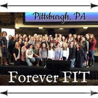 Deidra Penrose, Beachbody coach Pittsburgh pa, beachbody chambersburg PA, ER nurse and fitness, home fitness career, healthy mom, successful online fitness coach PA, fitness coach opportunity