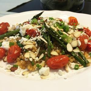 Deidra Penrose, asparagus, tomatoes, sliced almonds, feta cheese, couscous, healthy dinner recipes, asparagus and tomato bake, weight loss recipes, top beachbody coach PA, online health and fitness coach, meal planning, clean eating recipes,