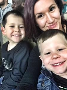 busy mom managing time, work from home mom, mom of boys, Deidra Penrose, Team beachbody coach PA, busy mom on fitness journey, making to do lists, single mom tips, successful home fitness business, healthy mom and nurse, nurse and fitness journey