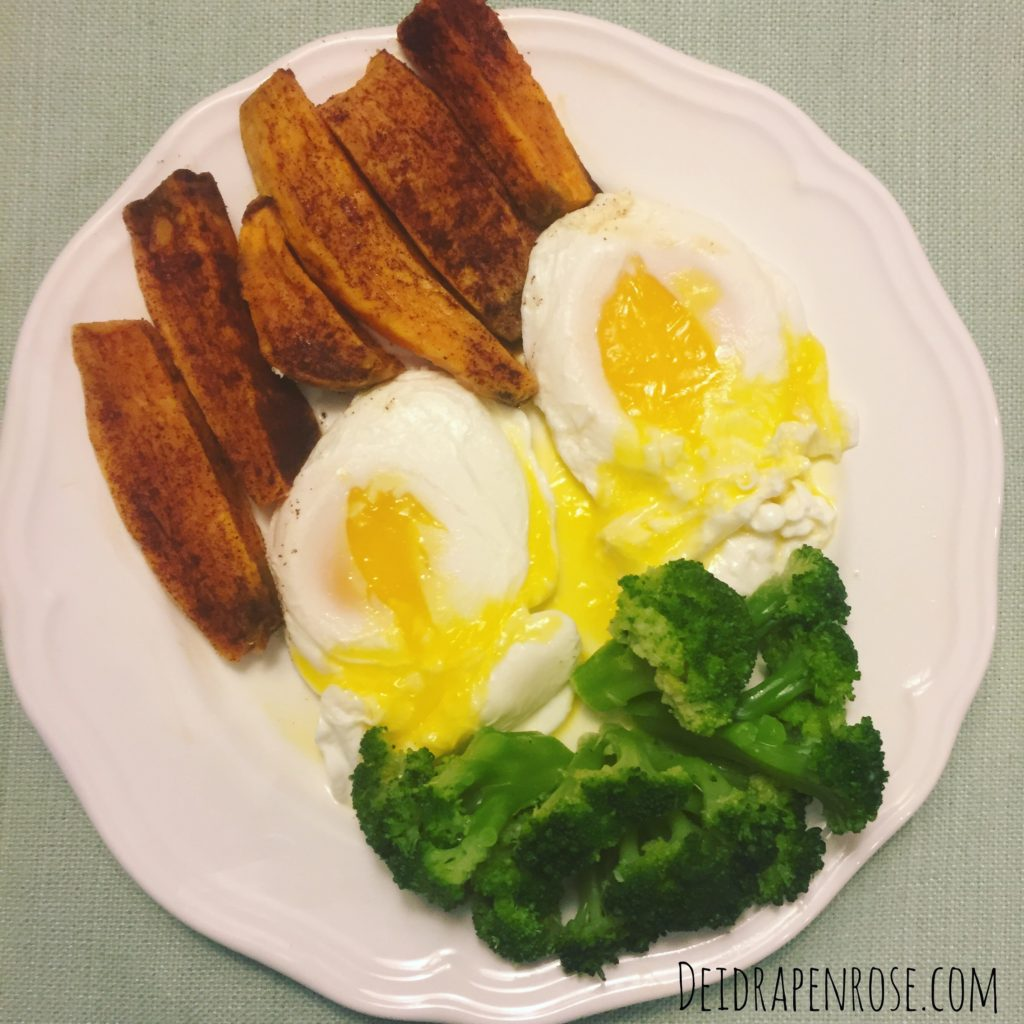Deidra Penrose, poached eggs, top beachbody coach PA, clean eating recipes, how to make poached eggs, healthy breakfast recipes, whole 30 recipe, weight loss recipes, successful online fitness coach, sweet potato fries recipe