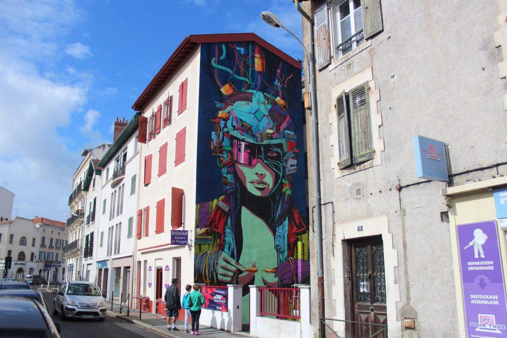 Cyberpunk graffiti by Deih XLF