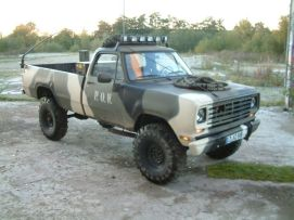 1976 dodge w200