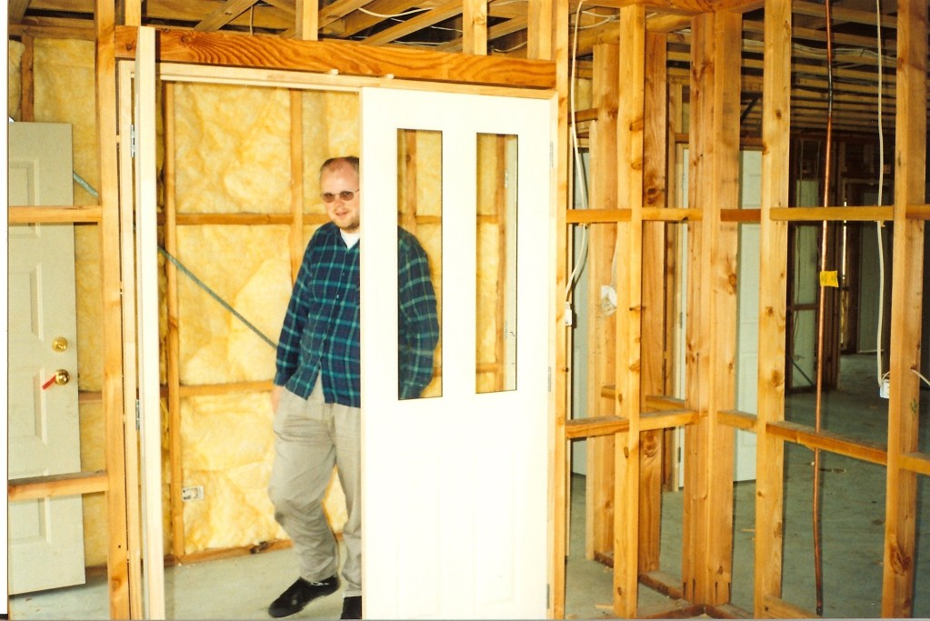 David during house construction