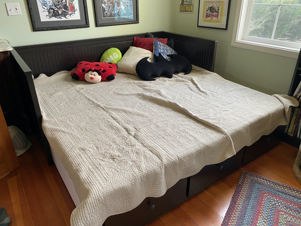 Daybed expanded