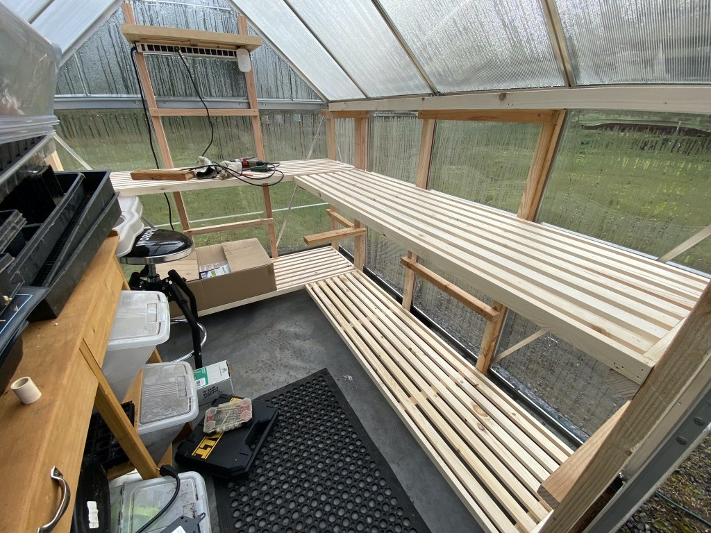 Greenhouse shelving