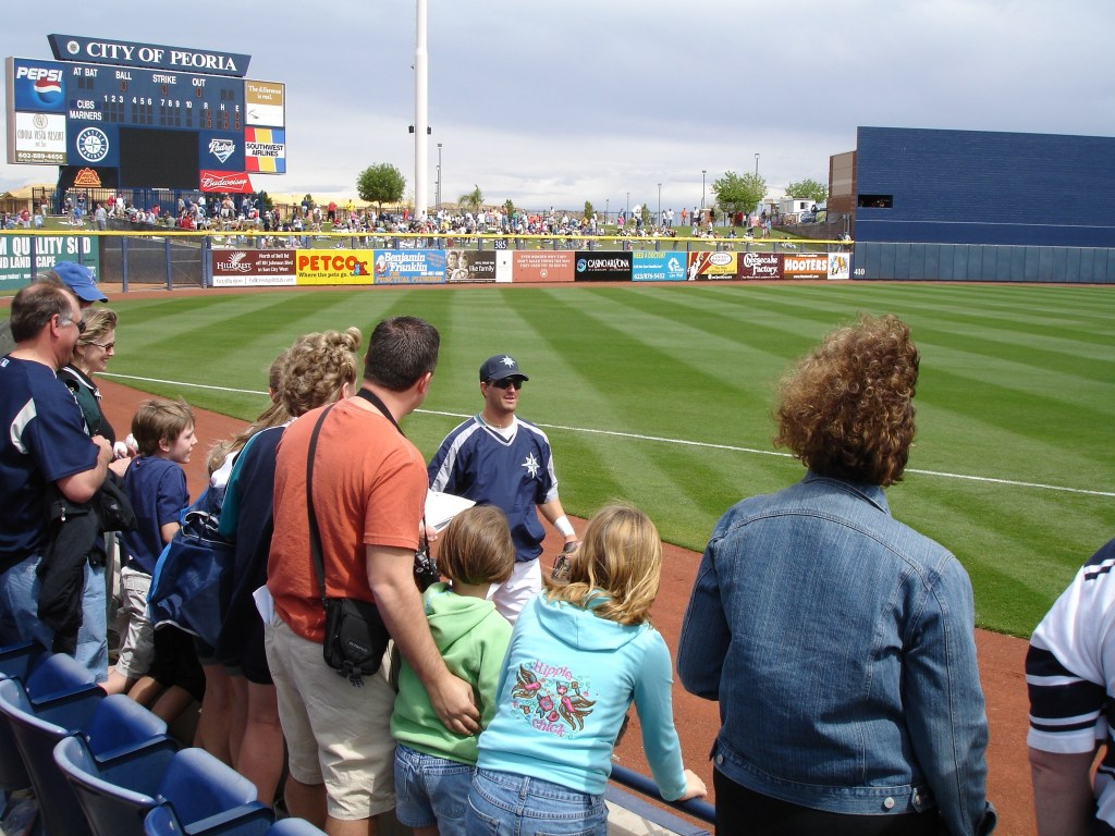 Fans and Mariner