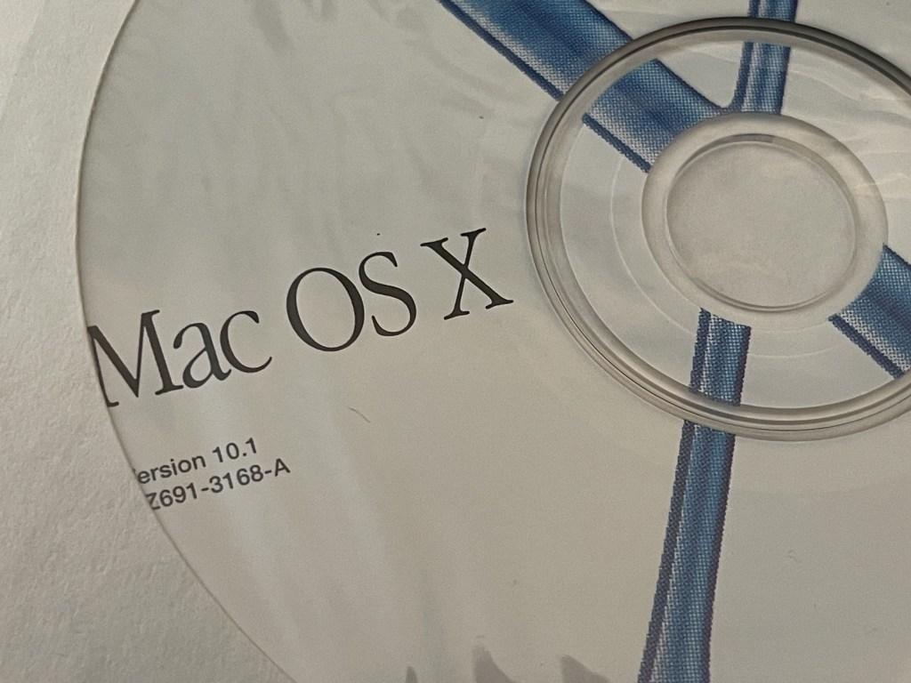 Mac OS X 10.1 installer CD-ROM