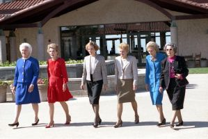 P26129-10A First Ladies Barbara Bush, Nancy Reagan, Rosalynn Carter, Betty Ford, Pat Nixon, and Lady Bird Johnson at Dedication of the Ronald Reagan Presidential Library, Simi Valley, CA, Photo Credit: George Bush Presidential Library and Museum