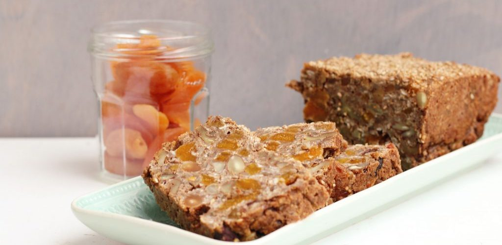 Abrikozen-notenbrood