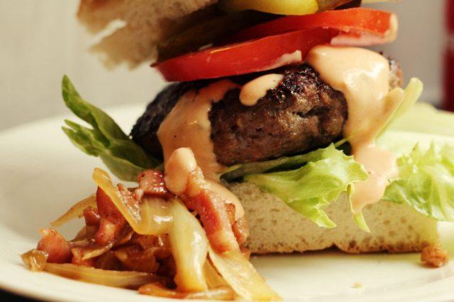 hamburgersaus met mayonaise