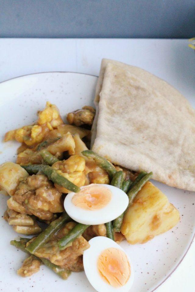 roti met kip en groente