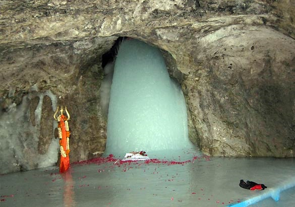 Pilgrims For Amarnath Yatra Has Just Left From Jammu
