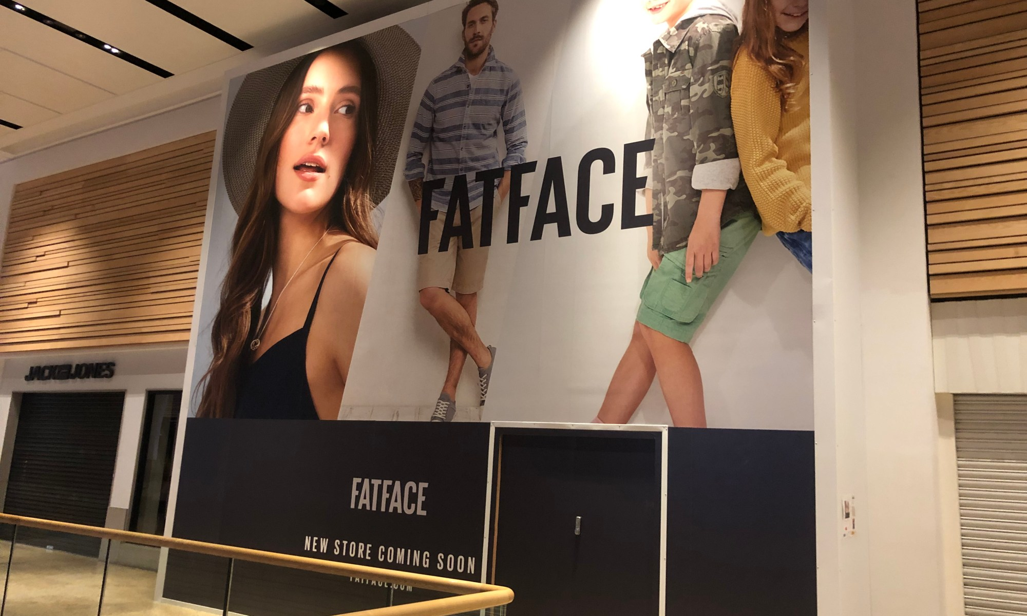 Retail hoardings for shop fit outs