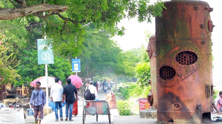 Fort Kochi - Steam Boilers of Old Cranes - Fort Kochi Beach