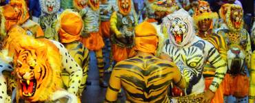 Puli-Kali-Pulikkali-Real-play-Dance-to-the-beats-of-Chenda-and-Thakil