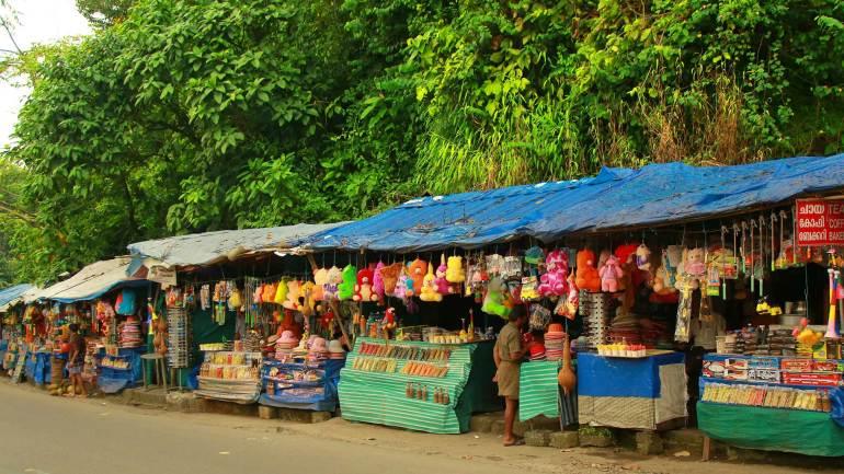 Shops-nearby-Cheeyappara-Waterfalls-Kochi-Dhanushkodi-Munnar, Cheeyappara Waterfalls