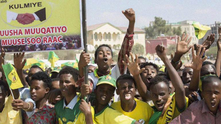 Supporters-of-KULMIYE,-a-political-party-in-Somaliland,-in-election-campaign-in-Hargeisa-(Year-2010)