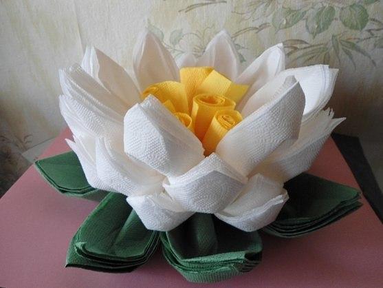 Lotus aus Servietten falten  DekoKing  DIY Bastelideen
