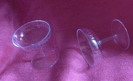 2 KunststoffSektschalen Dekoration  dekor24 DIMECOdeko