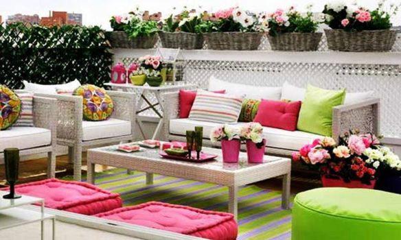 balkon dekorasyonunda renkli fikirler