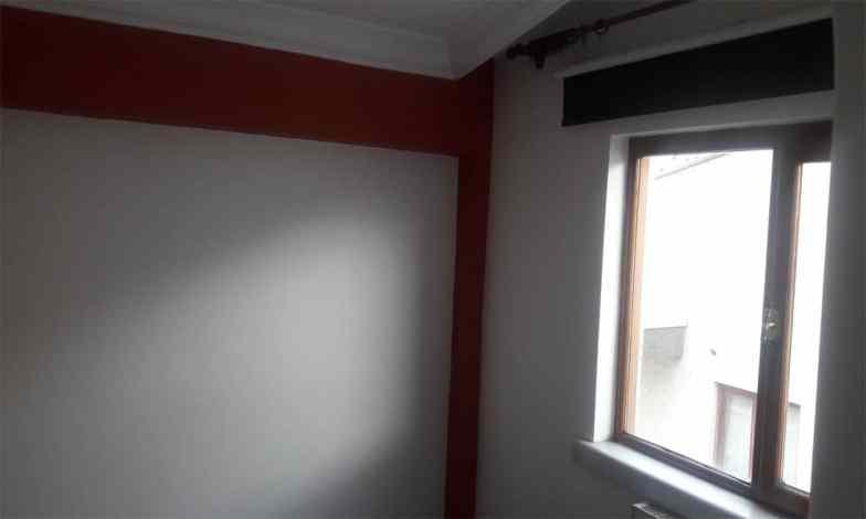 Tüm daire pencereleri değiştikten sonra iç denilik mermerleri yapılacak.