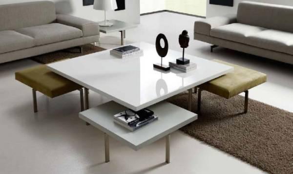 Mobilya seti: masa ve sandalyeler