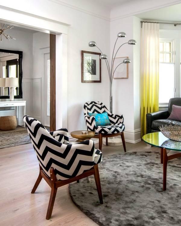 Geometrik desenli sandalye döşemeleri