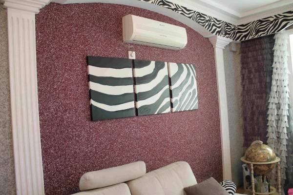 Leylak sıvı duvar kağıdı - sıradan dairelerde iç mekanların fotoğrafı