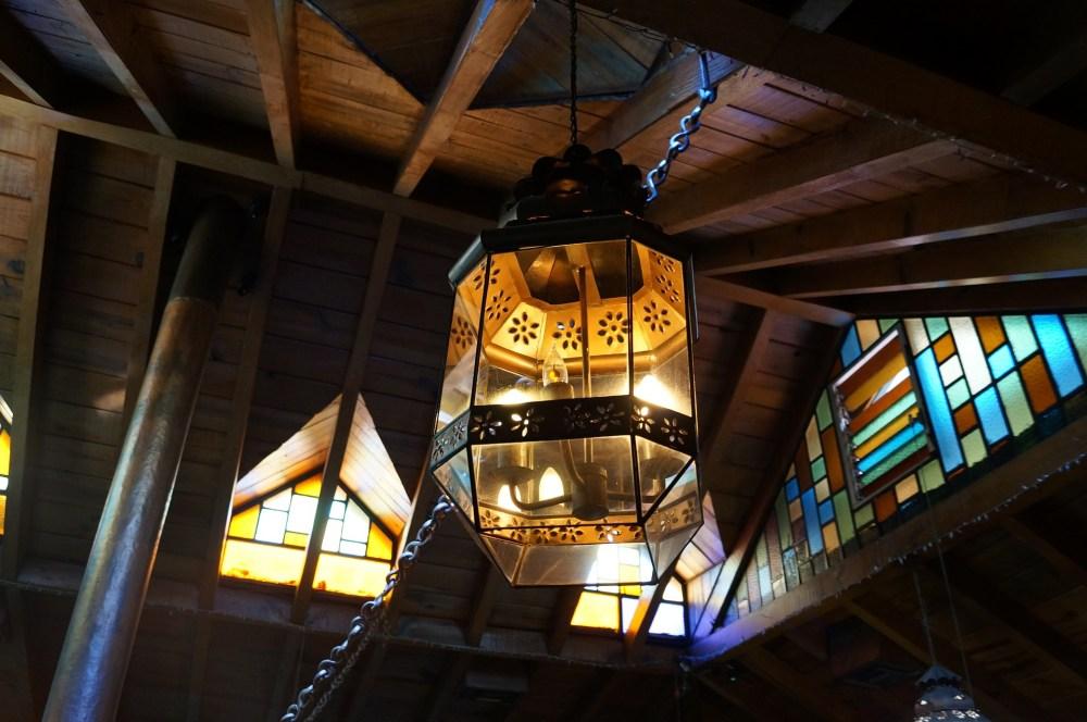 Ide Dekorasi Rumah Untuk Menciptakan Ruang Tamu Bergaya Rustic