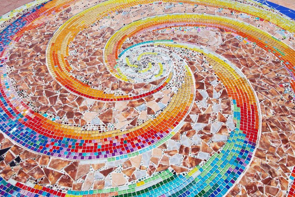 desain lantai keramik