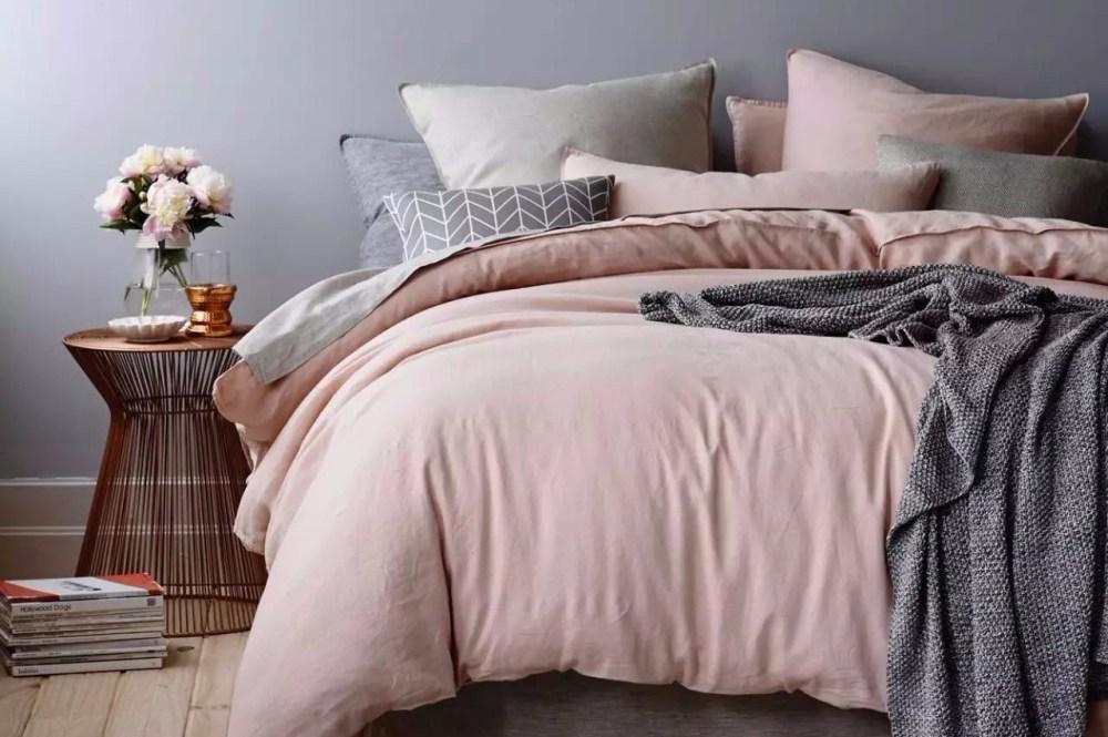 tempat tidur rumah minimalis sederhana