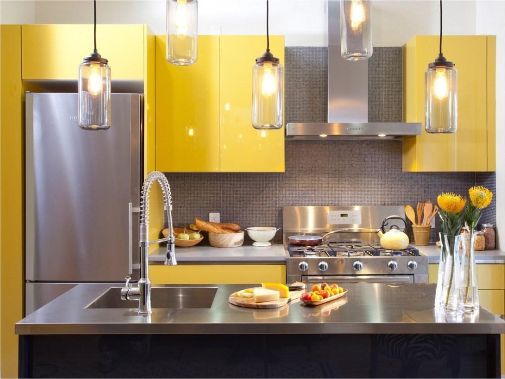 Dapur Minimalis Ukuran 2x3 Bermain Dengan Warna