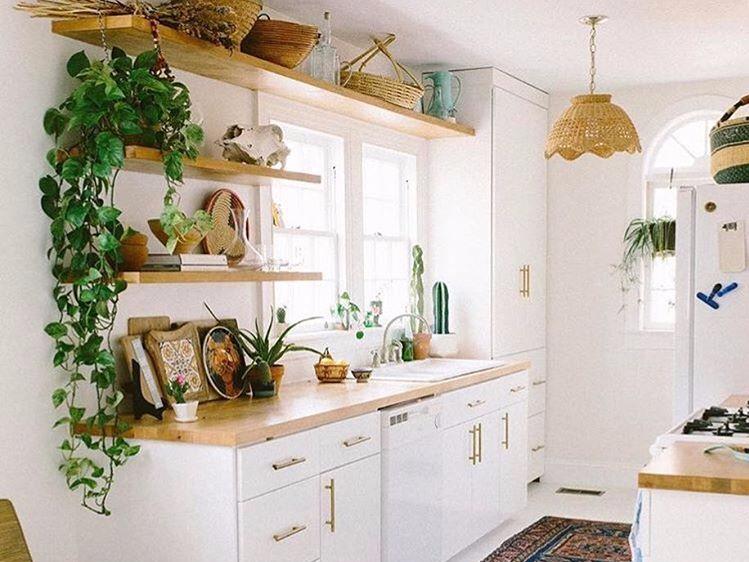 Hasil gambar untuk Desain Interior DapurTidak Manfaatkan Ruang Vertikal