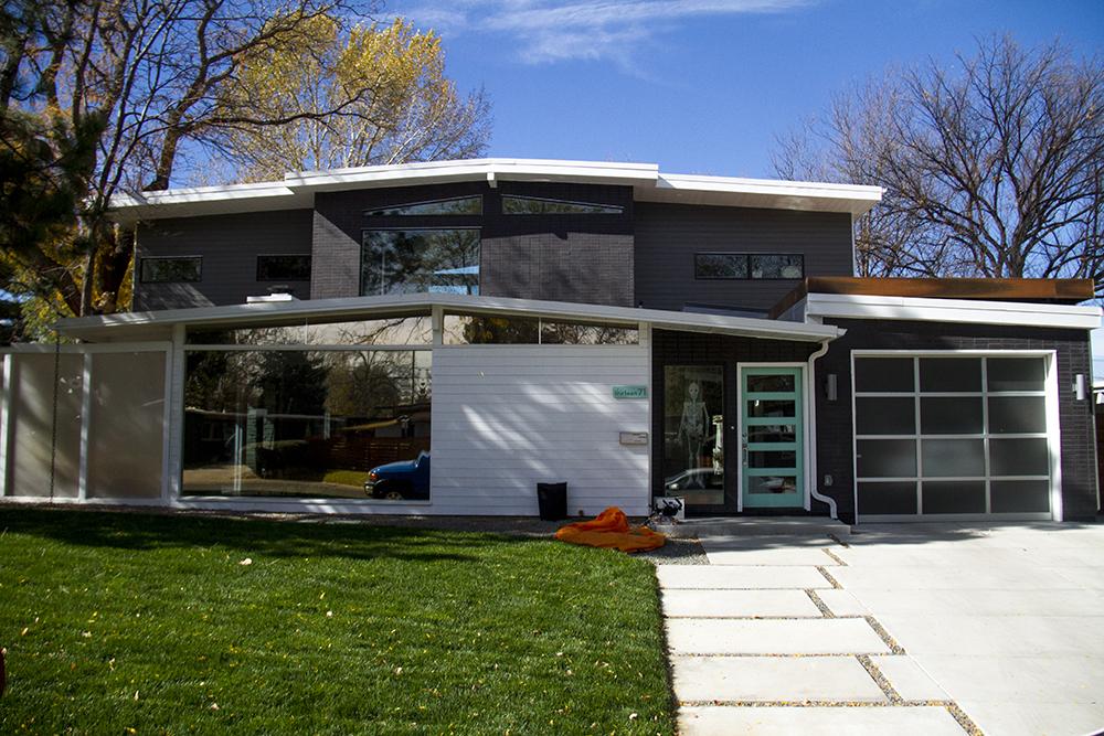 Arsitektur Rumah Mid Century