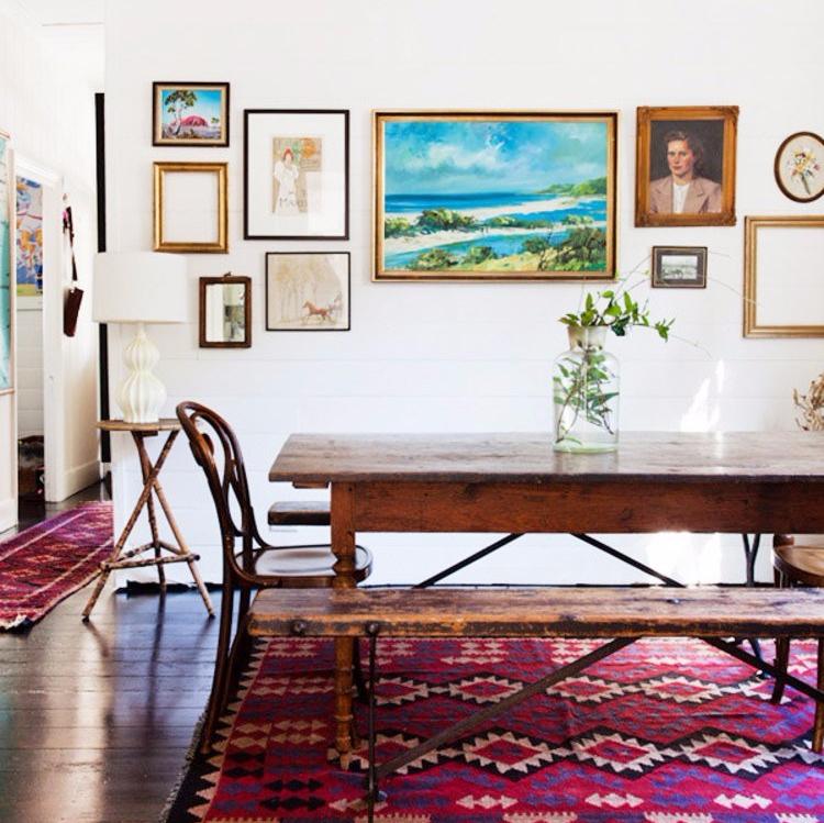 Inspirasi Desain Apartemen Ala Bohemian Modern Ruang Makan