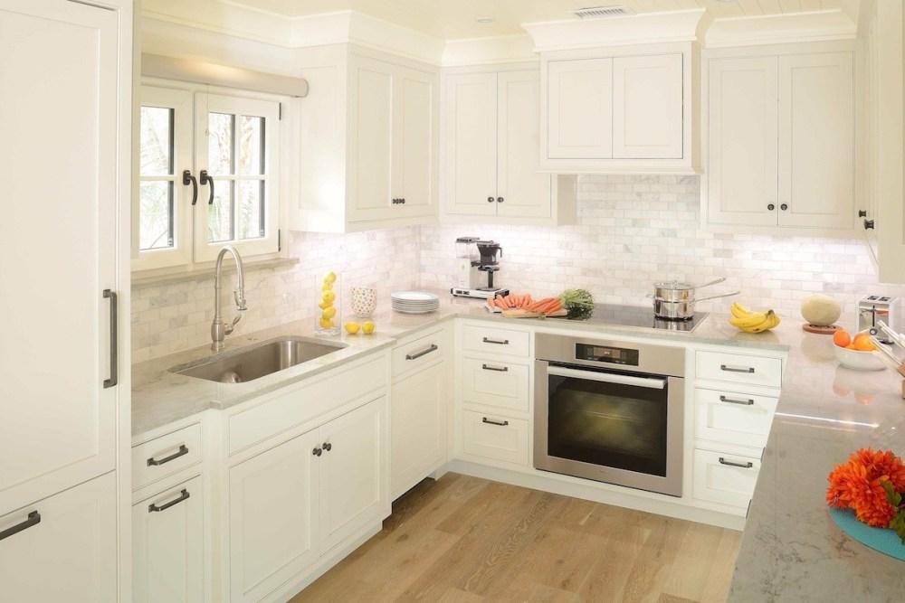 Kitchen Set dengan Island