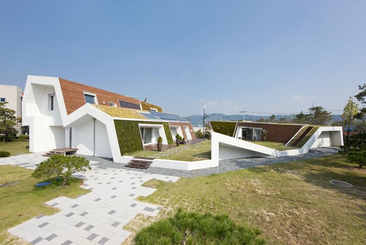 Rumah Unik yang Ramah Lingkungan