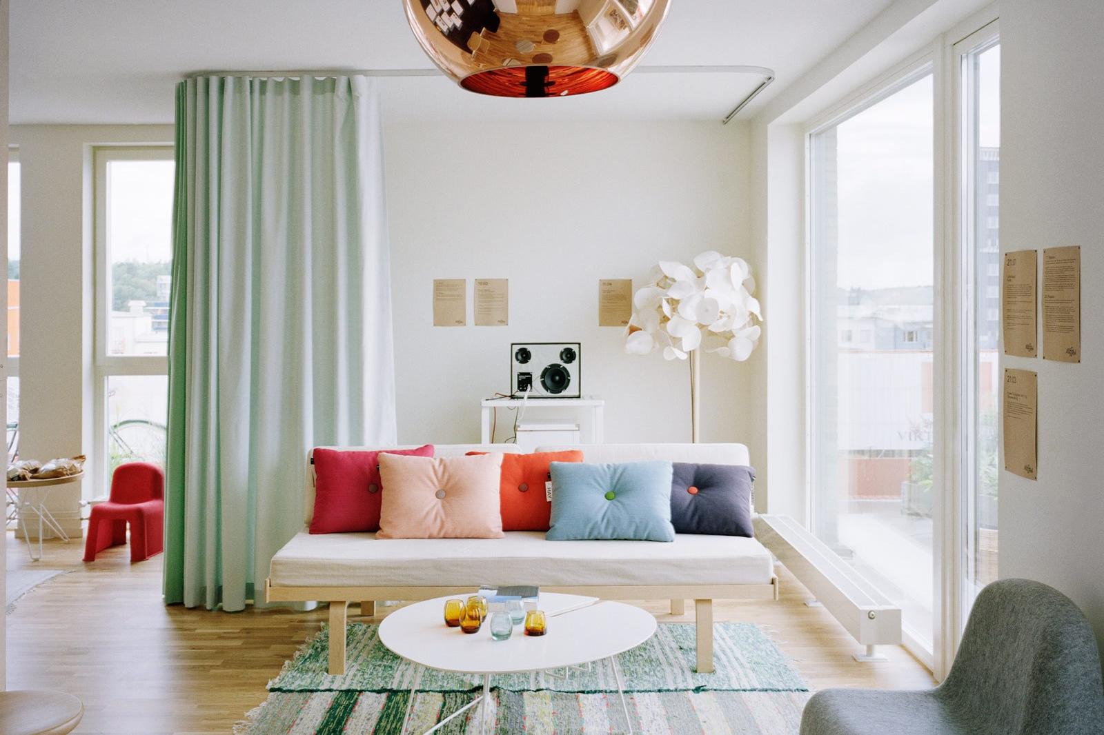 Bahan Gambar Anak Tk Ruang Tamu Batasi Ruangan Tanpa Ribet Dengan 10 Desain Pembatas Ruangan Ini