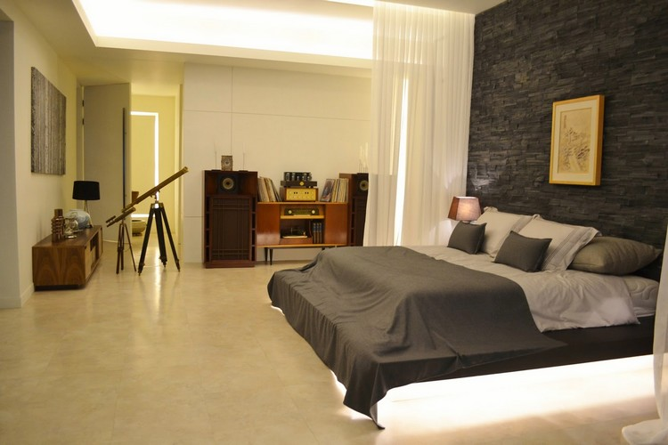 Desain kamar minimalis Do Min Joon dari My Love From Another Star
