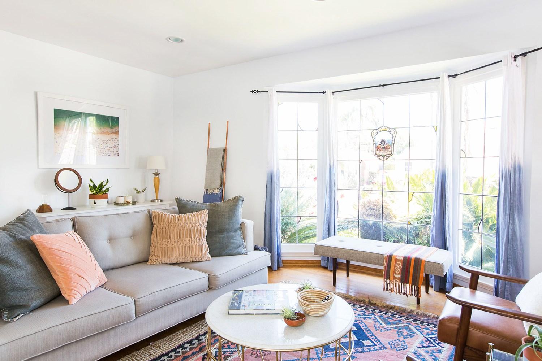 20 Ide Gorden Rumah Menarik Untuk Setiap Ruangan Dudukan Welirang Kursi Kayu Jati Mebel Dekorasi Interior Cafe