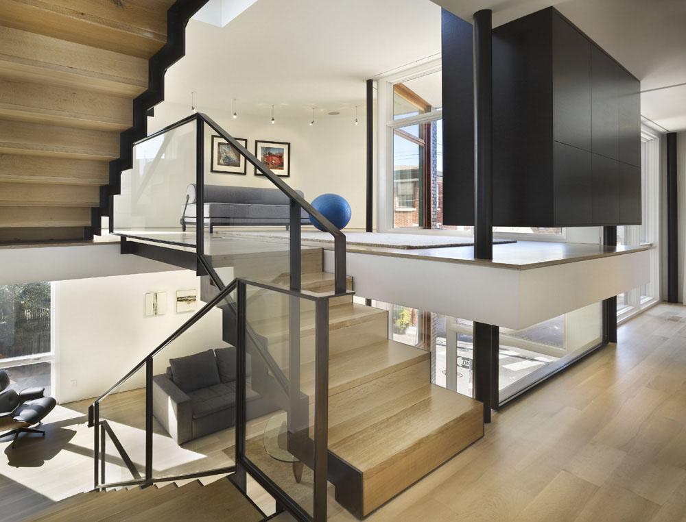 unique split level design - 800×609