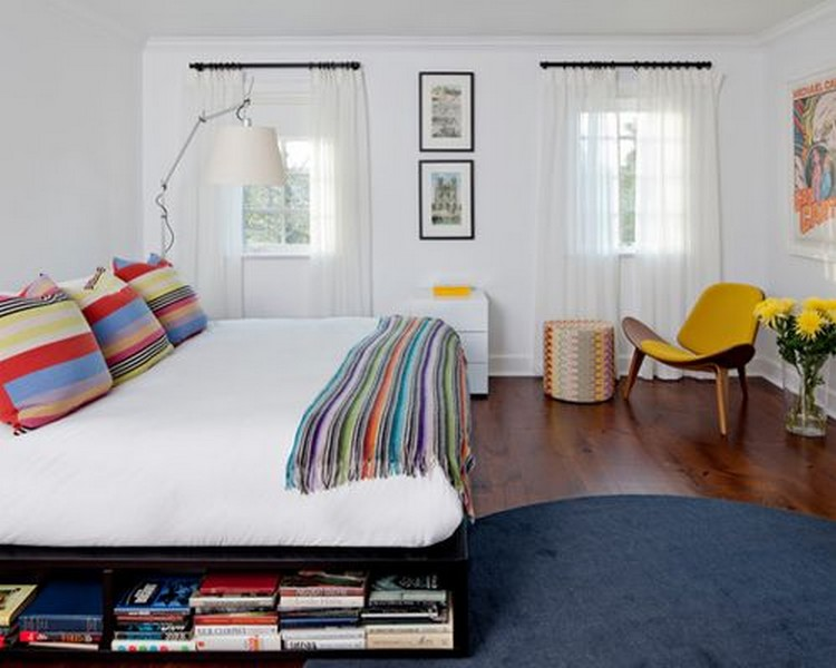 Hasil gambar untuk Memanfaatkan Area Dinding Kepala Tempat Tidur