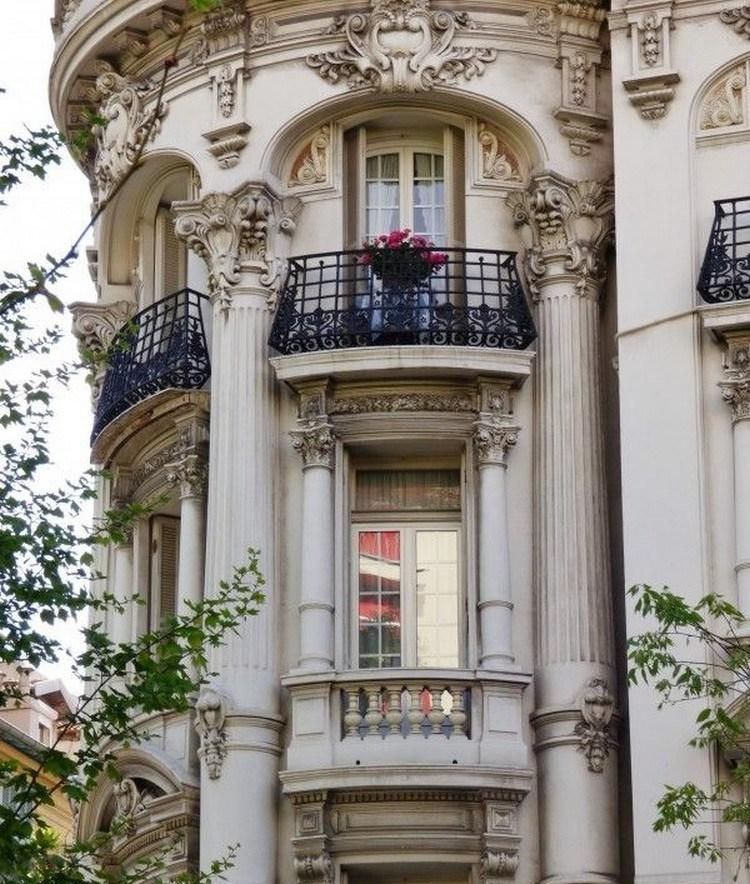 fasad rumah gaya eropa