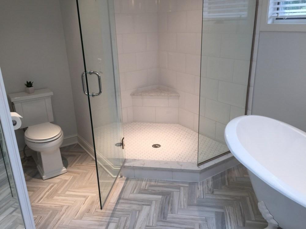 lantai kamar mandi