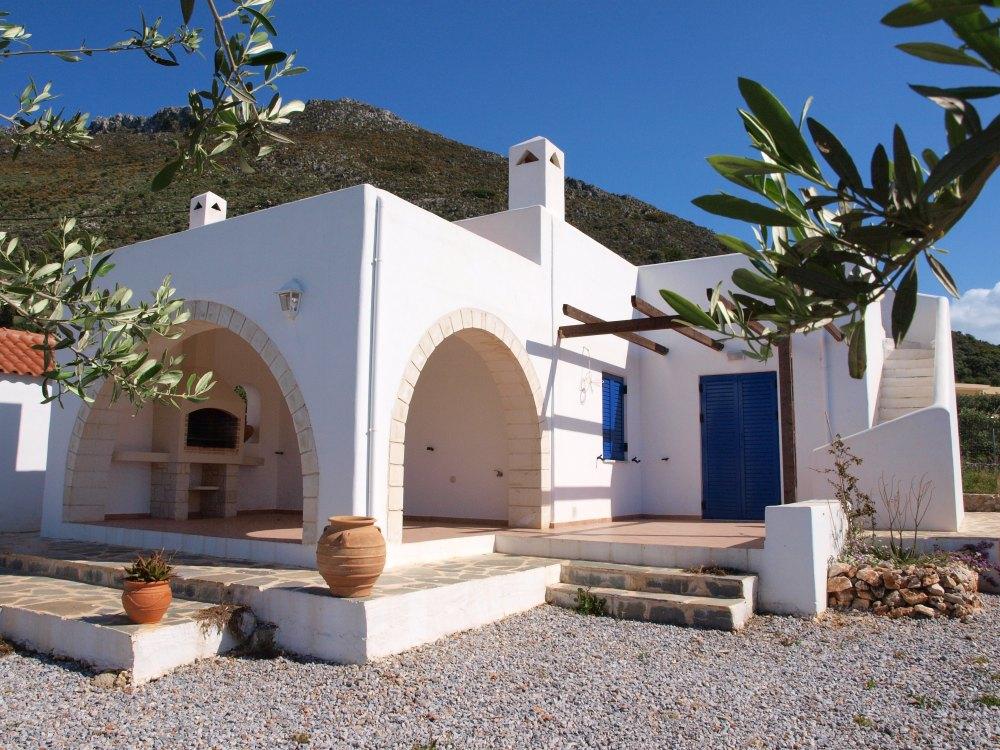 Arsitektur Rumah Mediterania Serambi