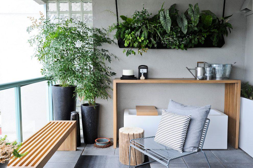 Interior Apartemen Balkon