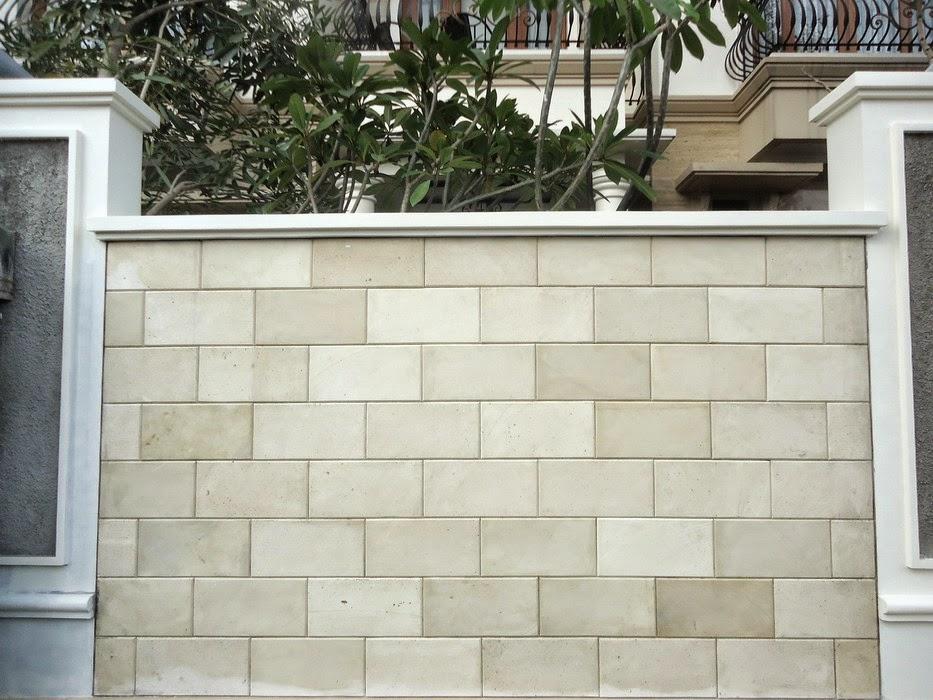 Dinding Batu Alam Paras Jogja Putih